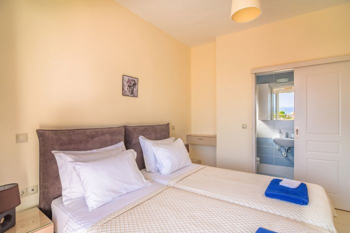 Creteview Villas for rent in Chania HLEKTRA image12